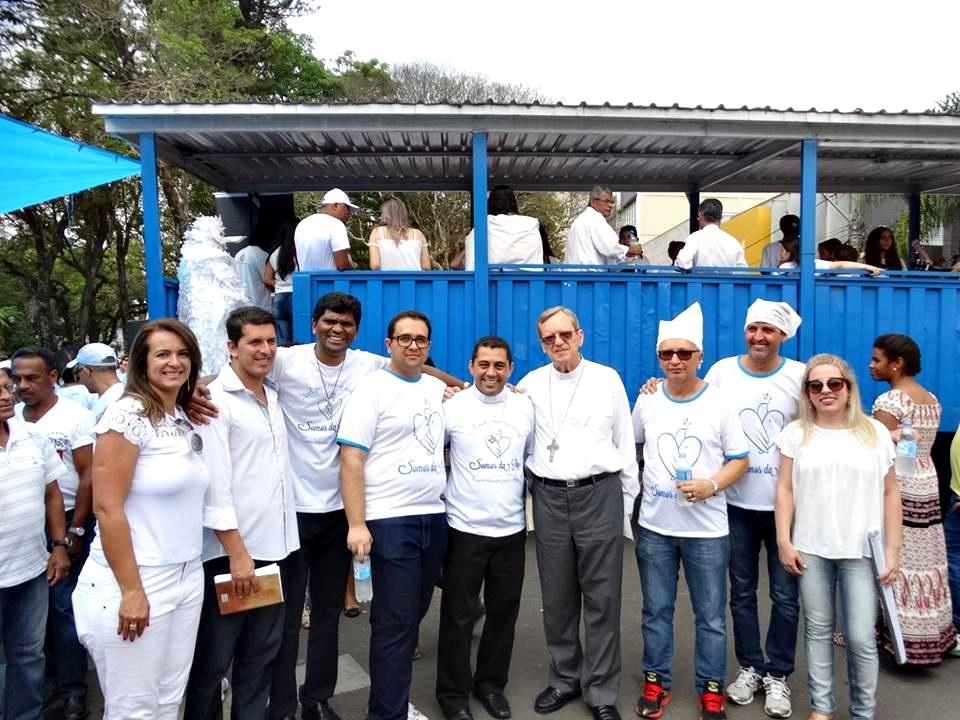 padres_na_caminhada_da_paz_lavras